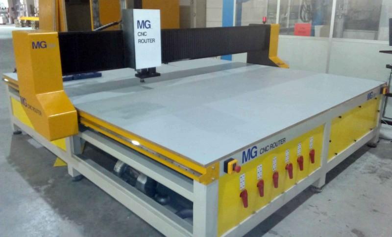 Fresadora CNC para madera y otros materiales