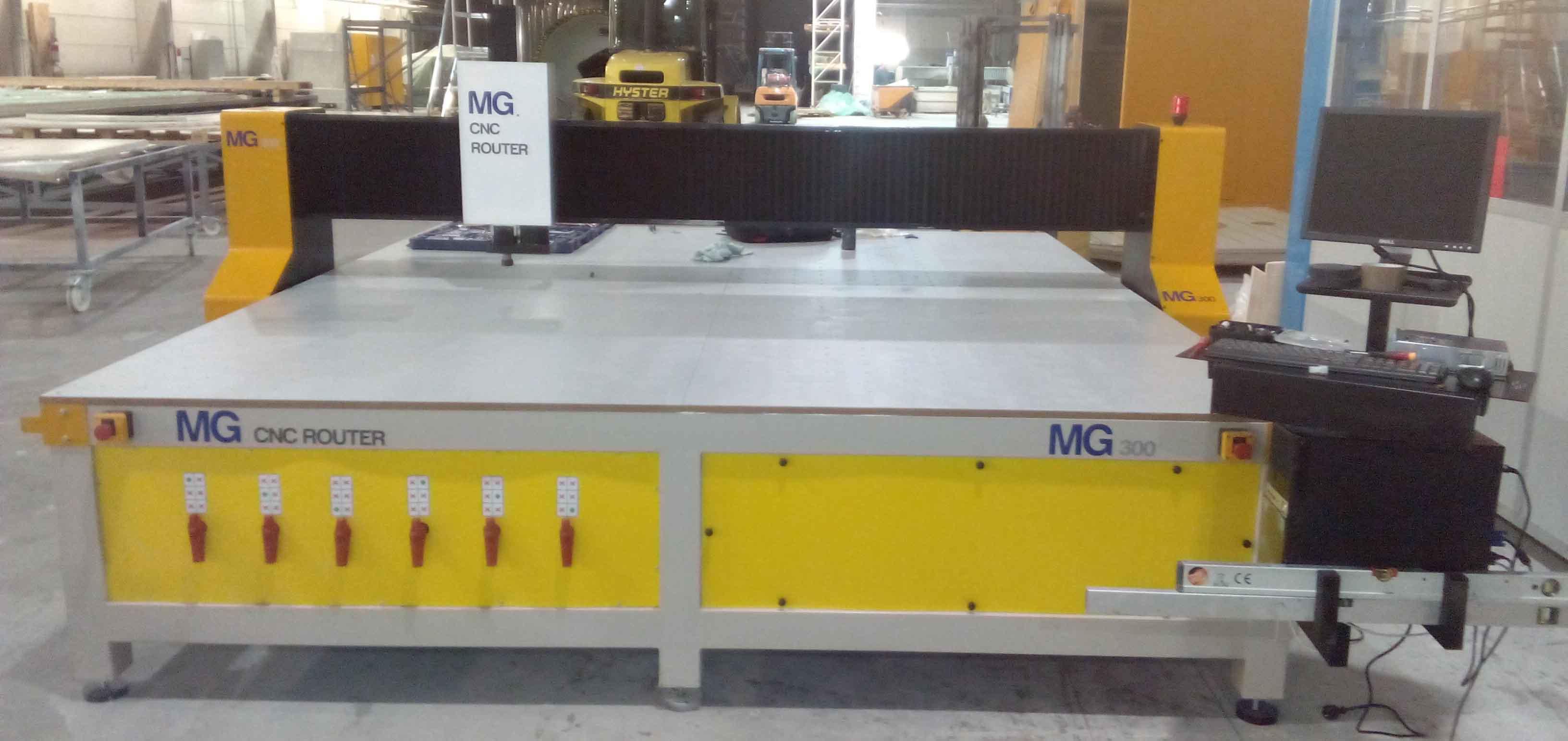 Fresadora CNC MG 300