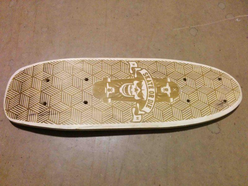 Grabado personalizado de tabla skate
